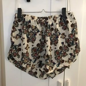 Nasty Gal Vera Lucy floral shorts